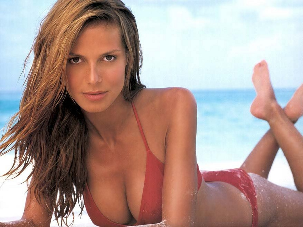 SEXIEST HEIDI KLUM photo gallery online